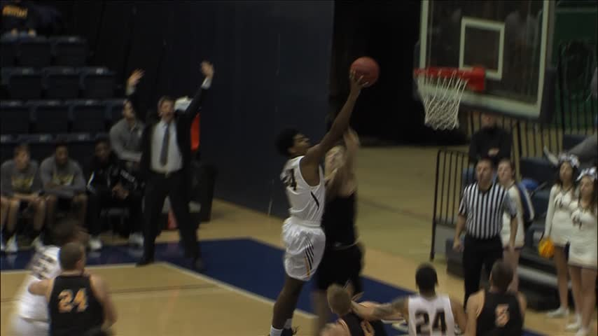 Augustana improves to 5-1