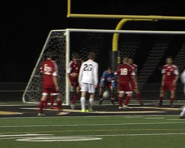 Bettendorf Soccer blanks West