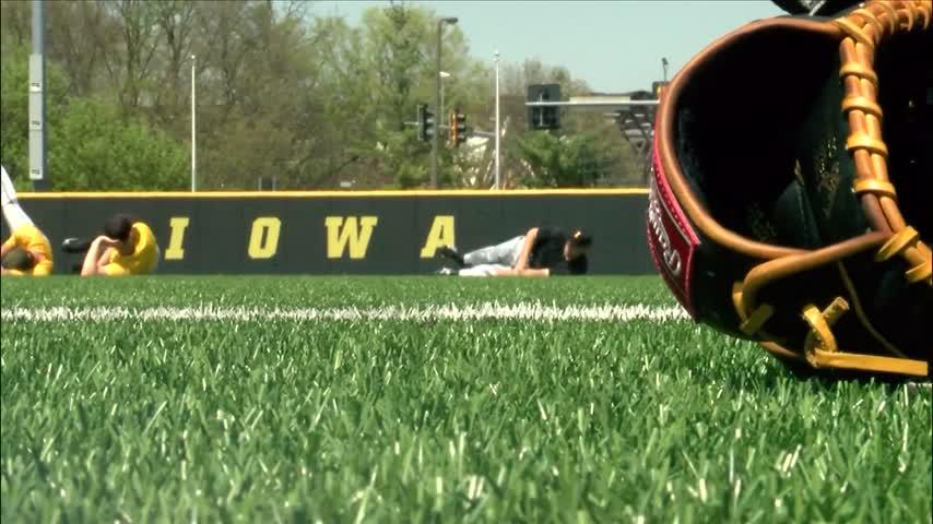 Iowa Hawkeyes baseball's home cooking