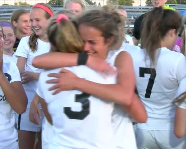 Bettendorf girls soccer discusses moving on to state tourney