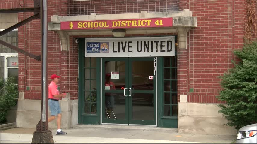 Rock Island schools begin new year without state funds_46777734