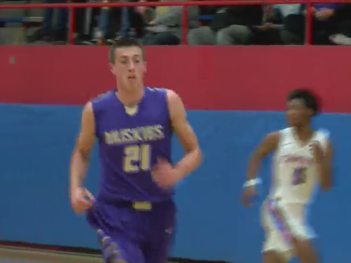Muscatine beats Central 63-48.