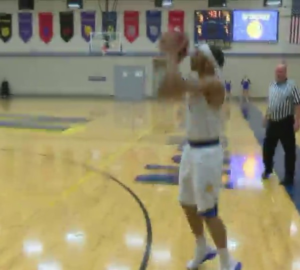 Davenport North 58-55 over Davenport Assumption