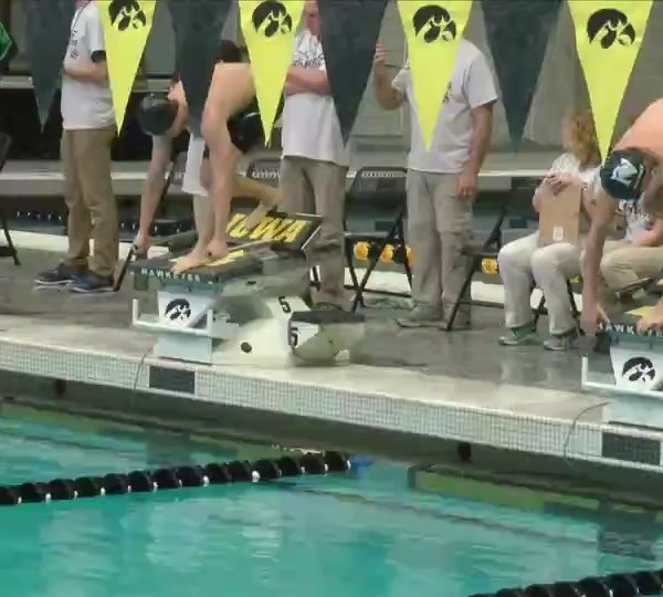 Bettendorf places third in state