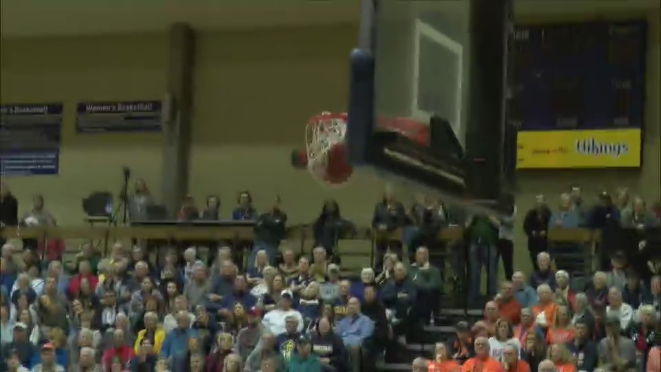 Augustana team effort has them in Sweet 16