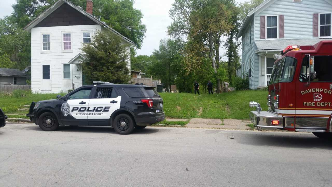 Man caught by police after foot chase