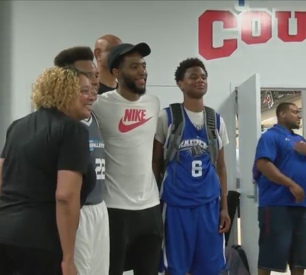 Chasson Randle returns to the QC, hosts inaugural tournament