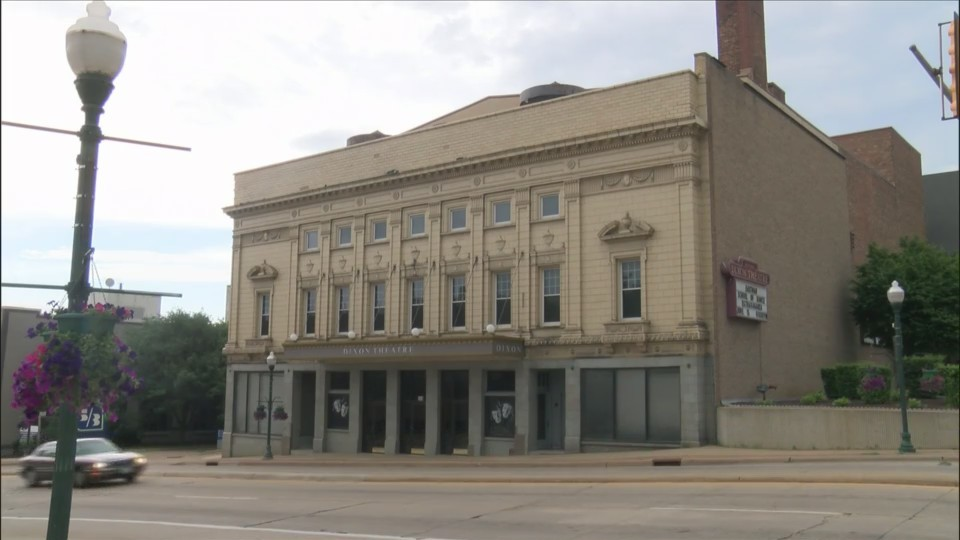 Community Spotlight: Historic Dixon Theatre