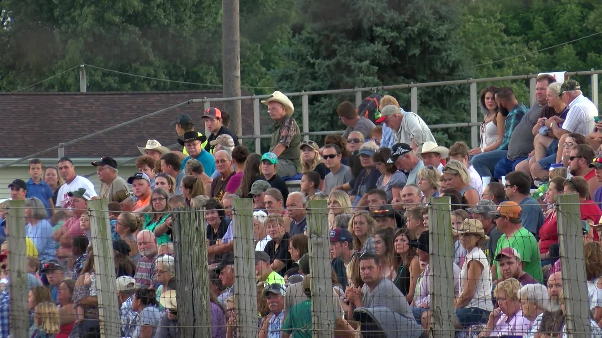 Parade kicks off 79th annual New Windsor Rodeo