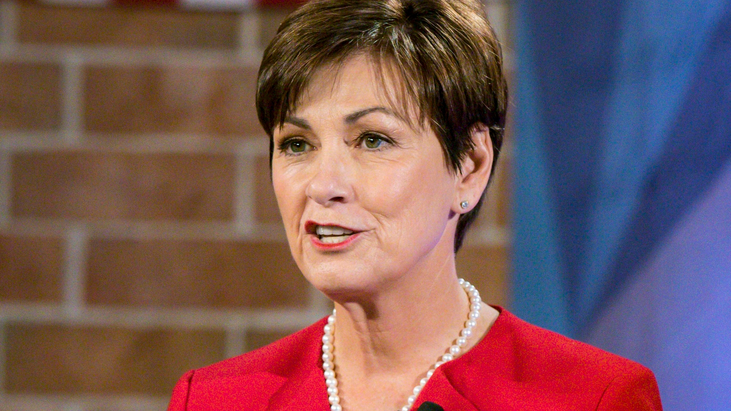 Election_2018_Governor_Iowa_Reynolds_37977-159532.jpg17224789