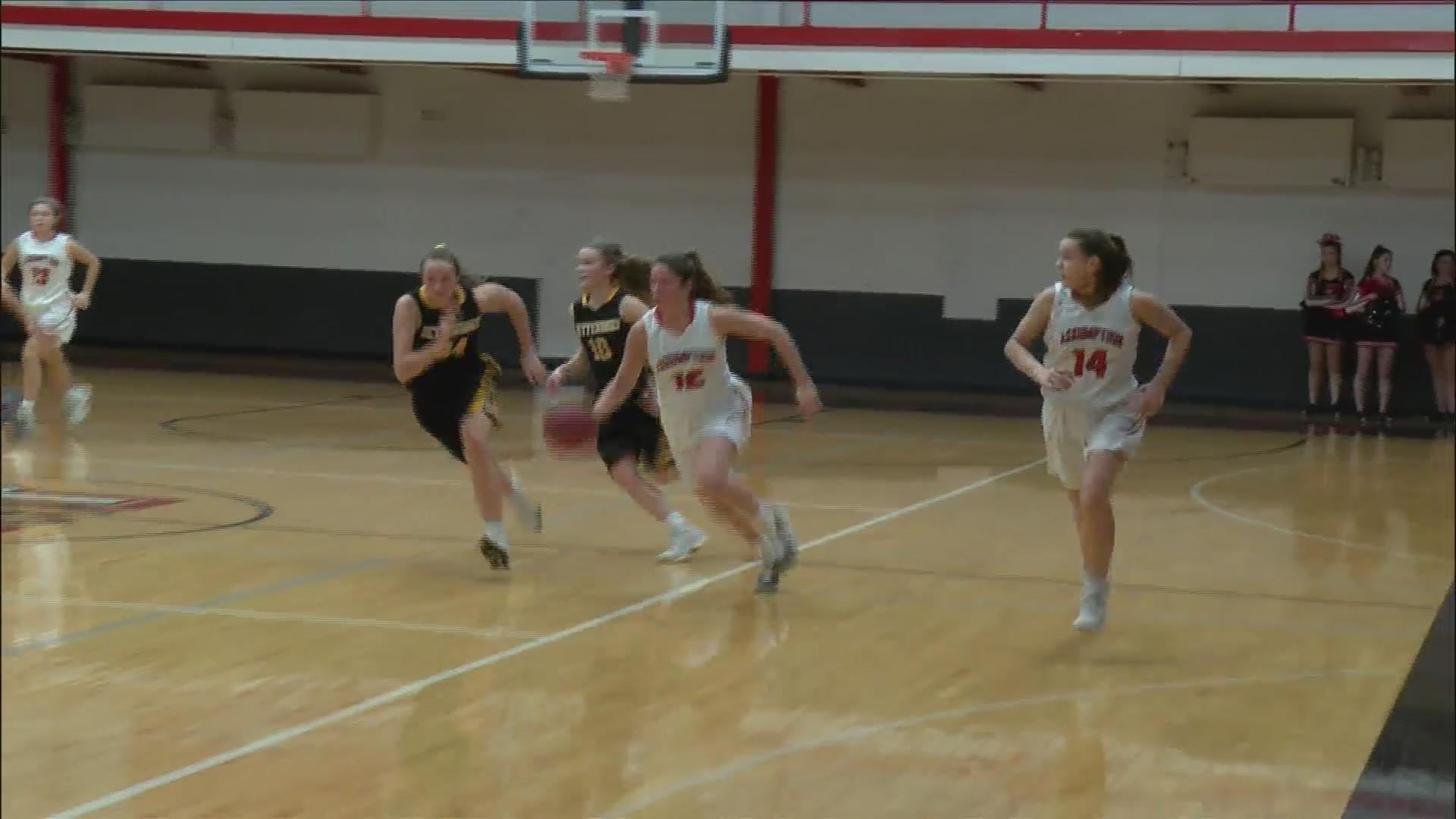 Assumption girls basketball beats Bettendorf