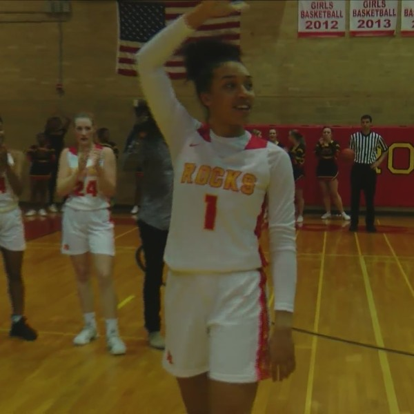 Brea Beal sets scoring record in Rock Island victory over Moline.