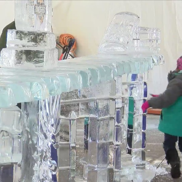 Icestravaganza brings ice sculptures, family fun to downtown Davenport