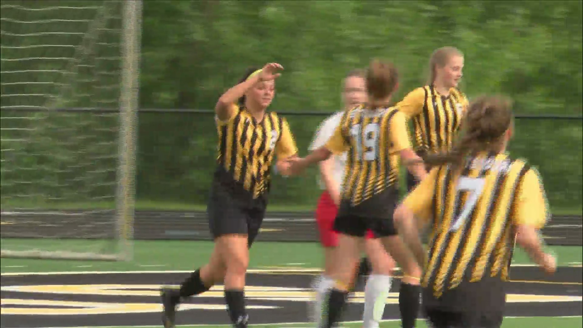 Bulldogs roll Falcons en route to substate final