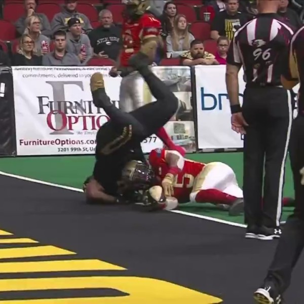 Steamwheelers fall to Barnstormers in final second
