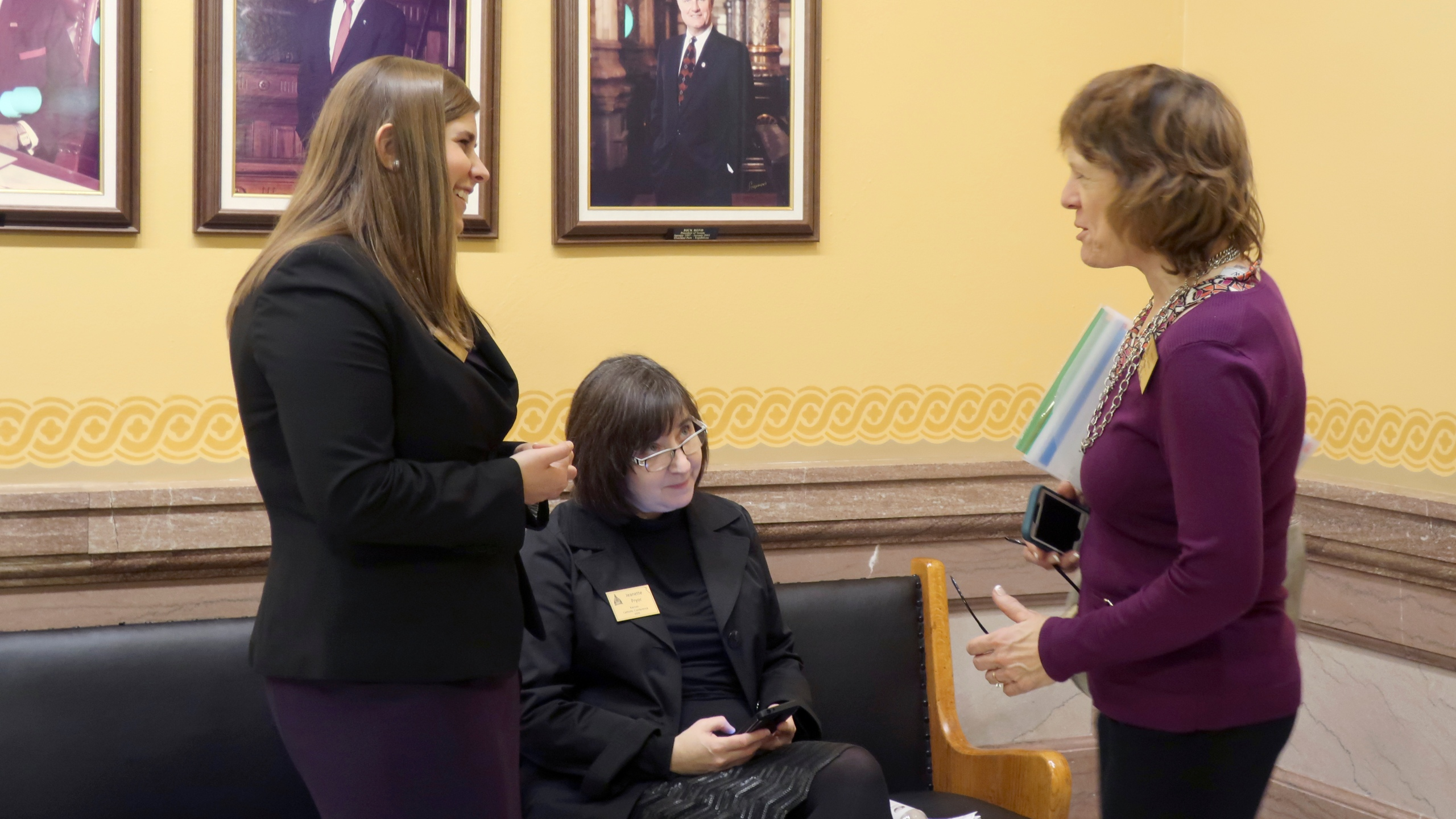 Brittany Jones, Jeannette Pryor, Jeanne Gawdun