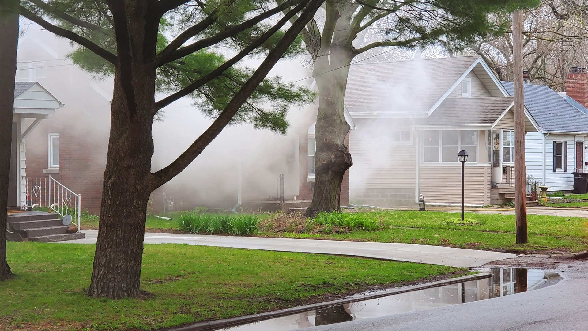 Rock Island Fire Department responded to a fire in the 2600 block of 15th Avenue on April 24 (photo: Ryan Risky, OurQuadCities.com).