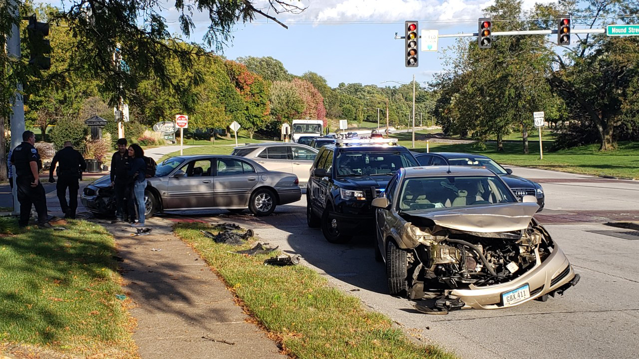 A two car accident occurred on River Drive and Mound Street in Davenport on September 30, 2020 (photo: Bryan Bobb, OurQuadCities.com).