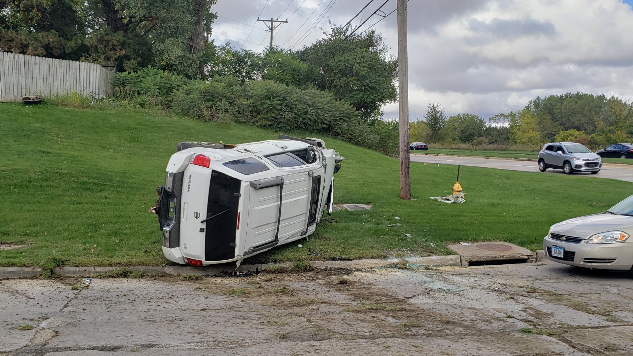 A rollover accident occurred at the intersection of West Kimberly Road and North Thornwood Avenue in Davenport on October 1, 2020. According police, two males ran from the scene. Police have not been able to confirm if the vehicle was stolen (photo: Bryan Bobb, OurQuadCities.com).